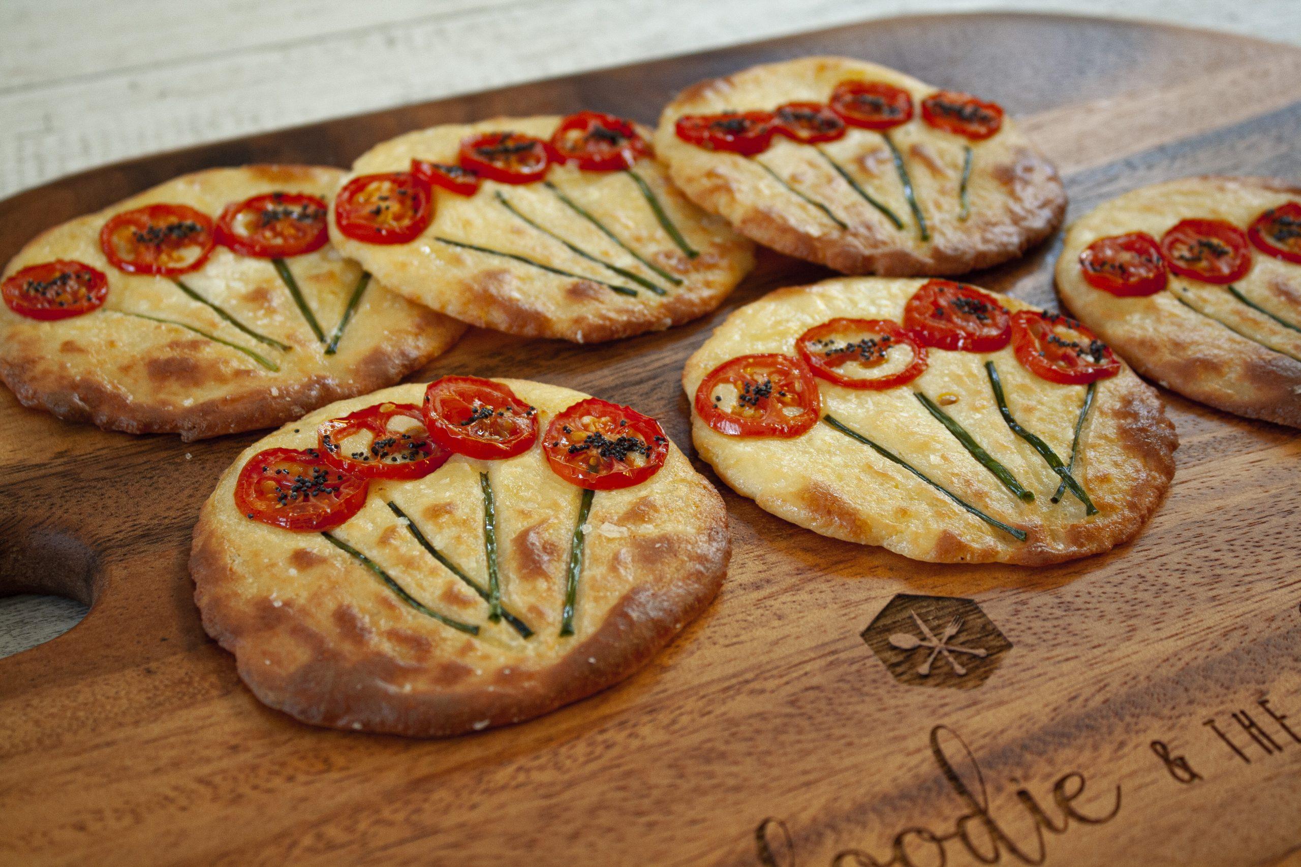 keto poppy pizzas